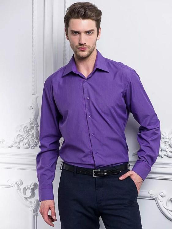 джинсы с фиолетовой рубашкой