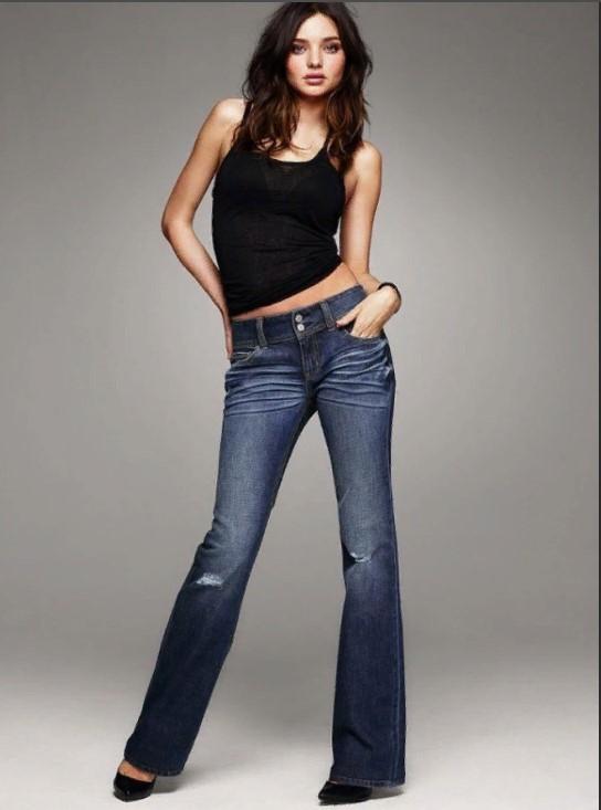 джинсы высокая девушка