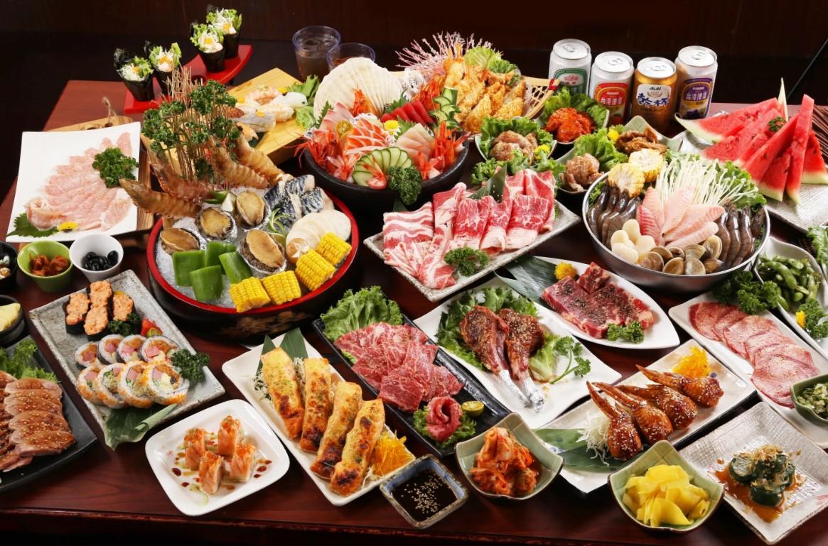 праздничный обед ужин