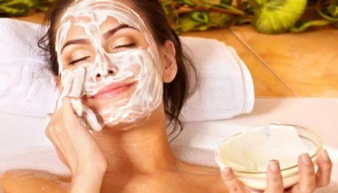 5 эффективных кефирных масок для лица