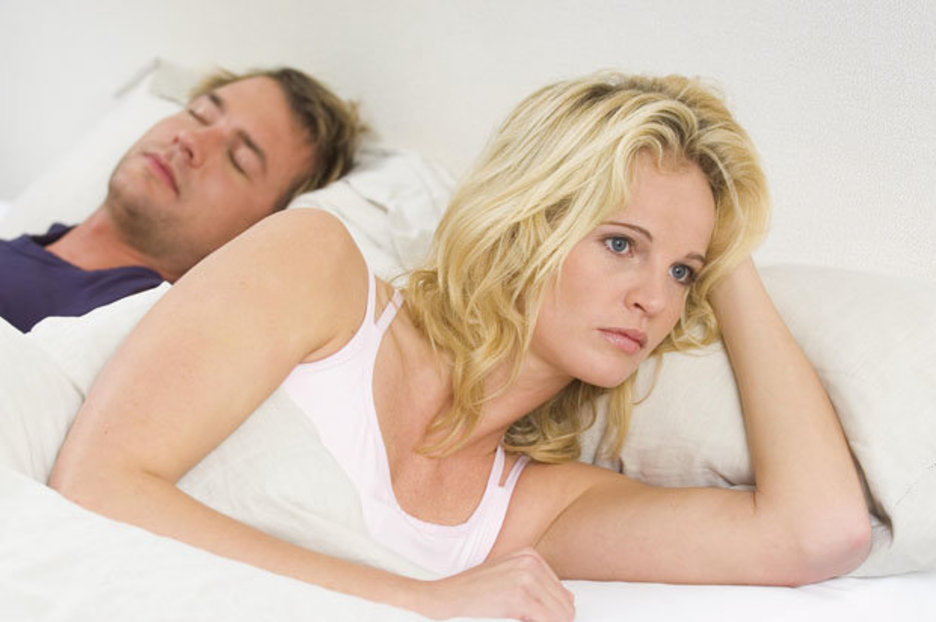 Не делает то, что ты хочешь в постели