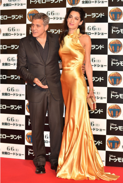 Амаль Клуни в желтом платье