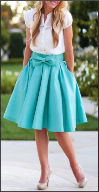бирюзовая юбка и белая блузка