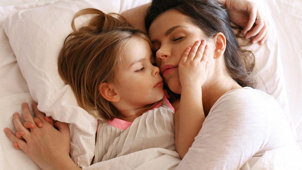 Что делать, если уже взрослый ребёнок приходит к родителям
