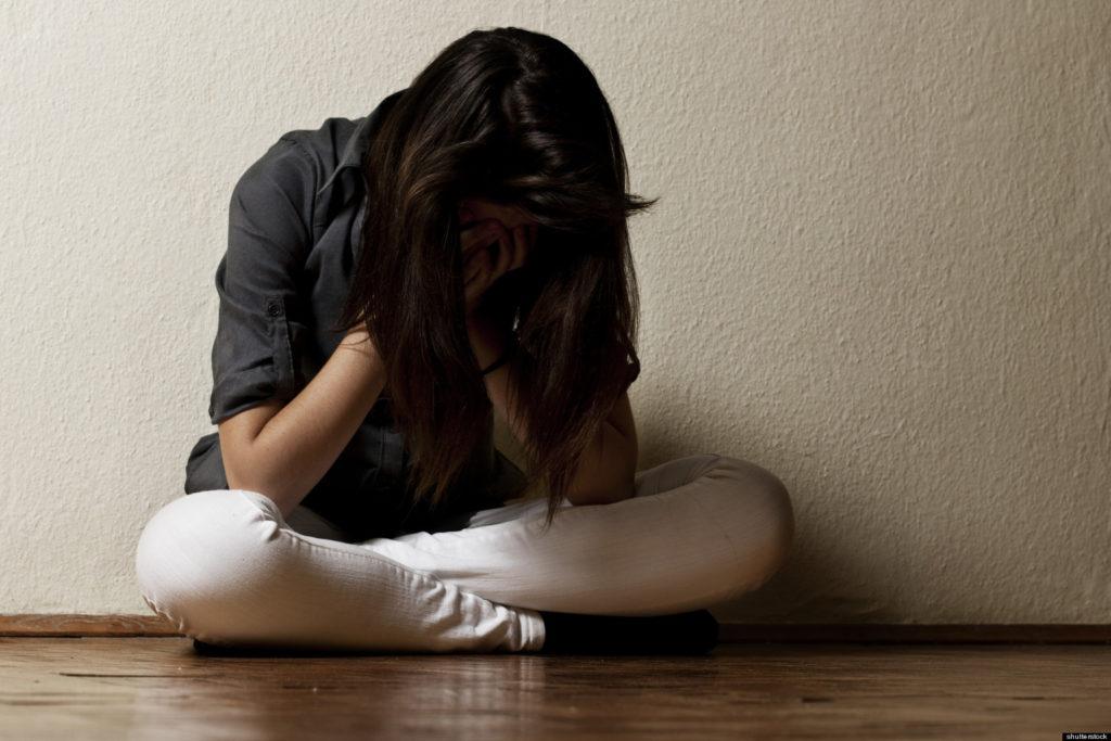 Девочка депрессия картинки