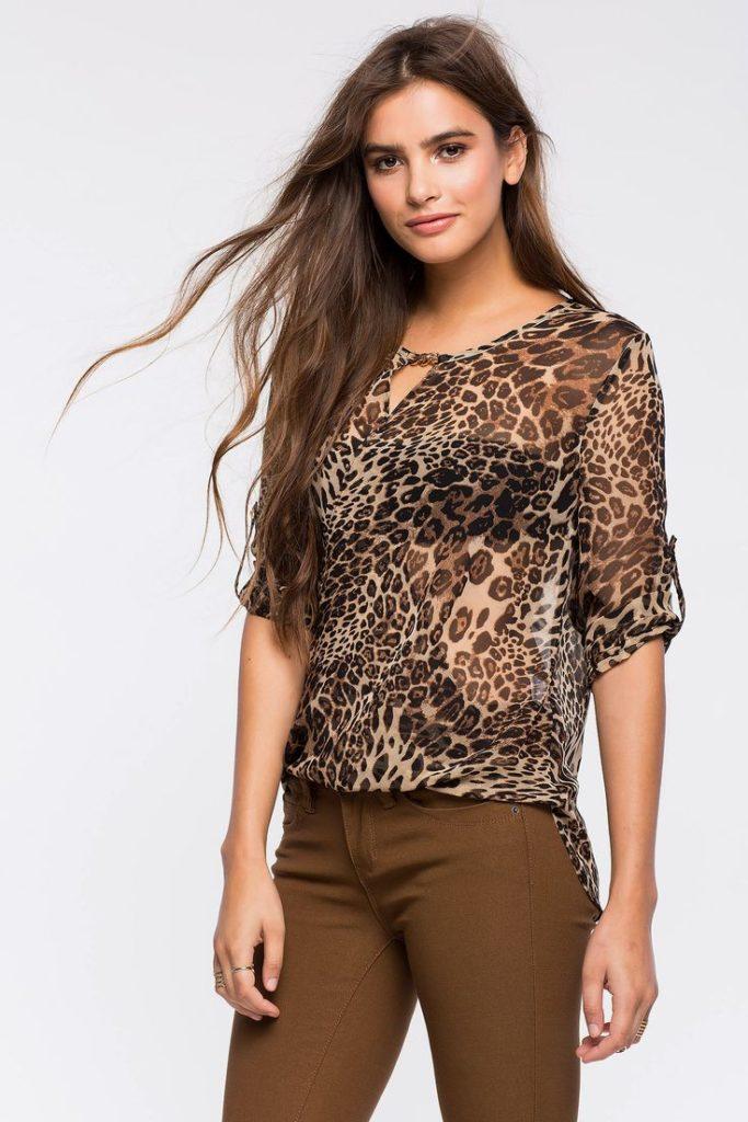 леопард с коричневым