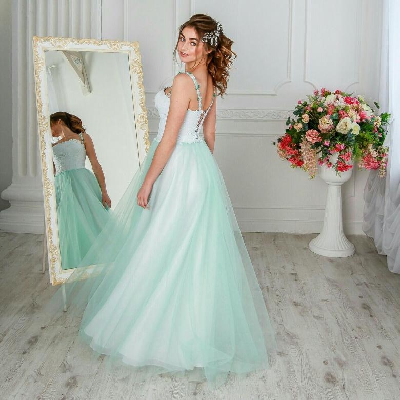 Свадебные платья цвета Тиффани.