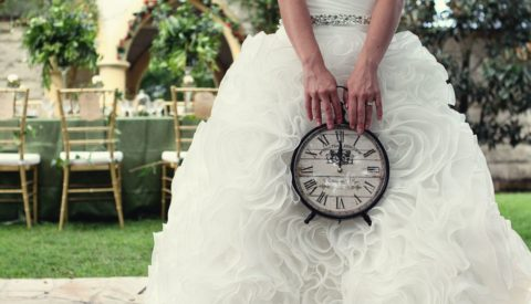 Невеста с часами.