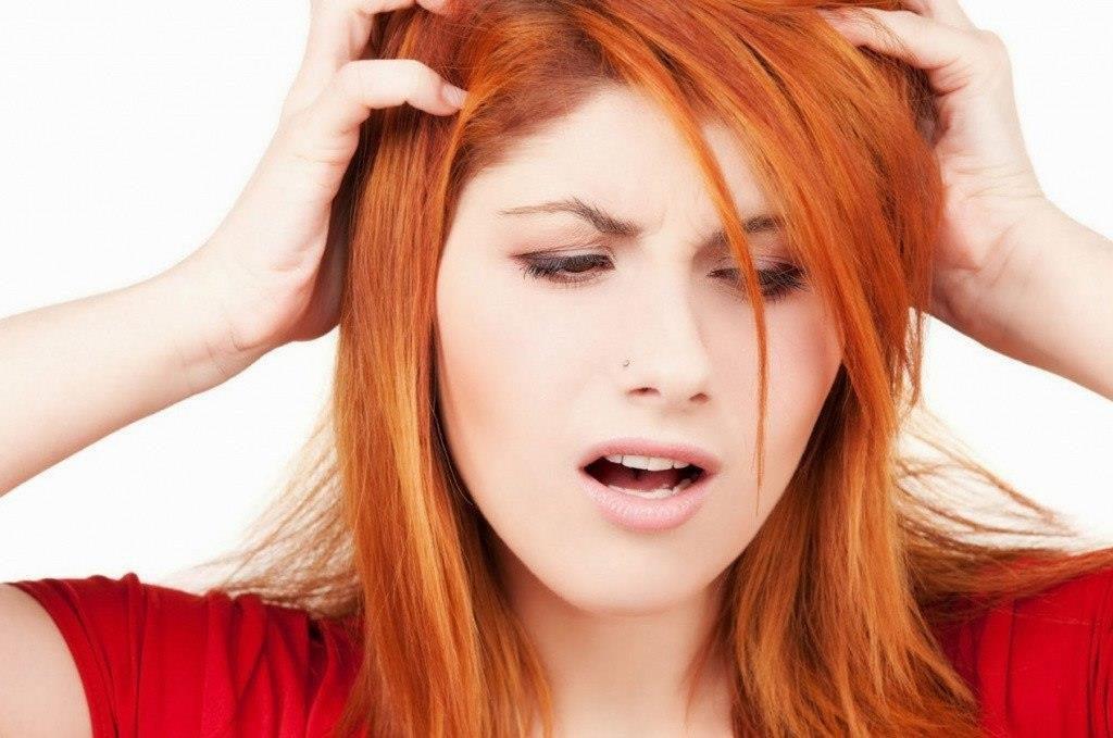 Повышенная чувствительность кожи головы.