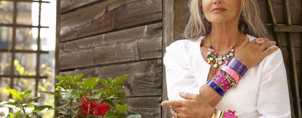 Модели блузок для женщин 45-55 лет