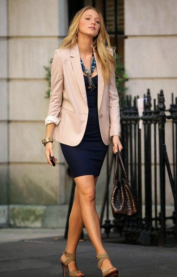 Образ с пиджаком и платьем.