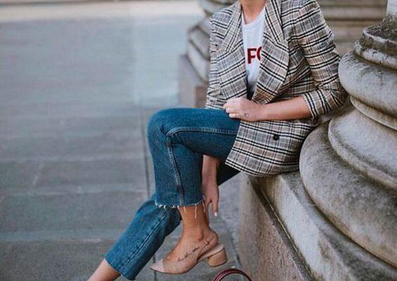 Женские луки с джинсами и пиджаком