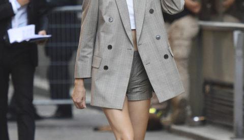 С чем носить двубортный женский пиджак?