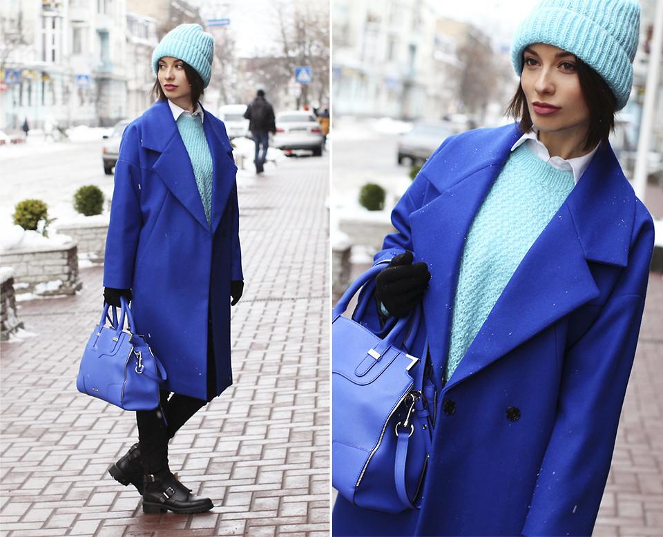 С чем носить женское пальто синего цвета