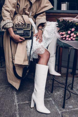 С чем носить белые сапоги