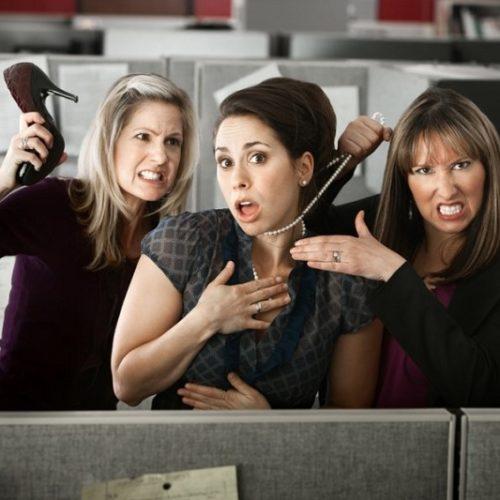 Как выжить в женском коллективе на работе