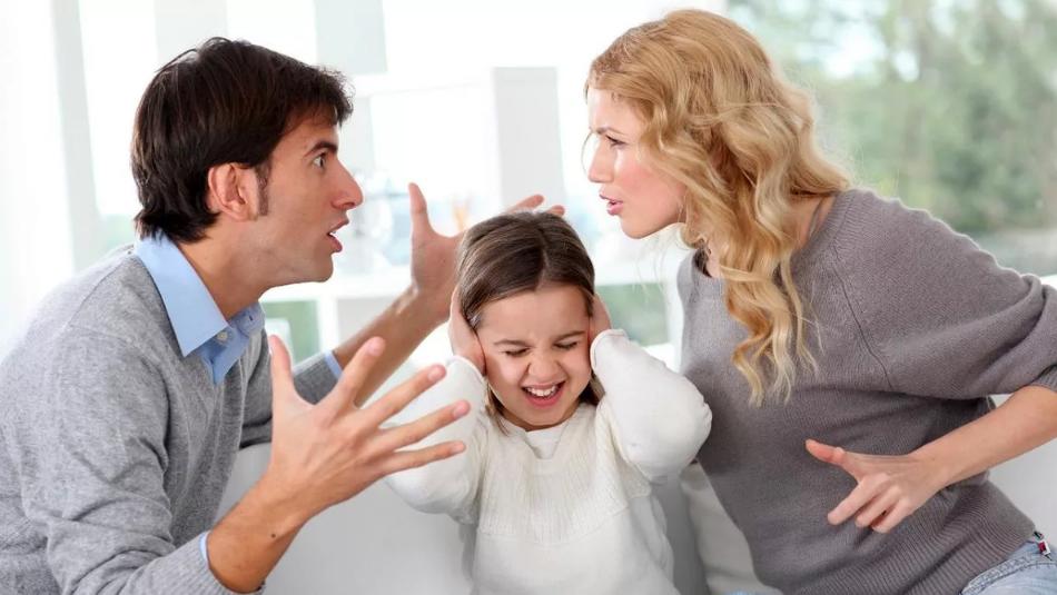 скандал в семье с детьми