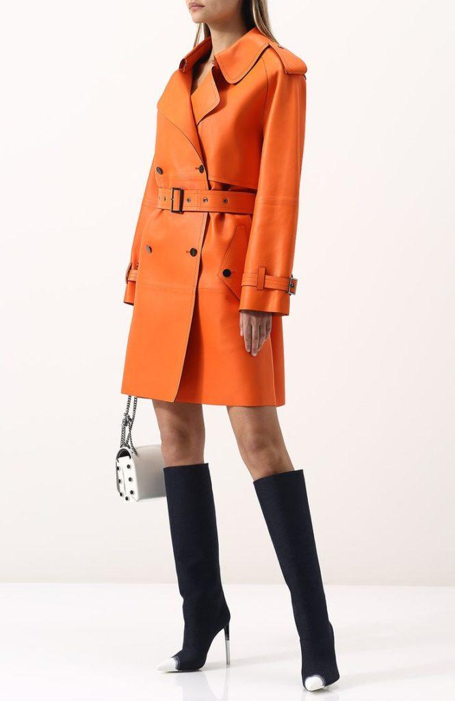С чем носить пальто рыжего цвета выбираем обувь