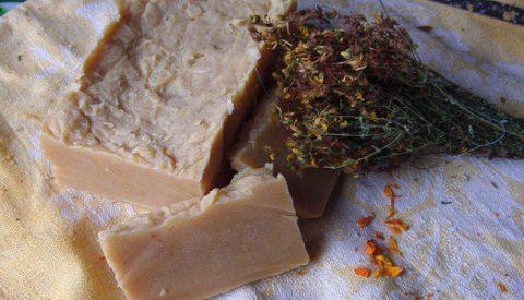 Из чего делают хозяйственное мыло?