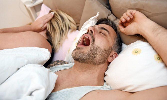 Муж храпит, а я не могу спать — что делать