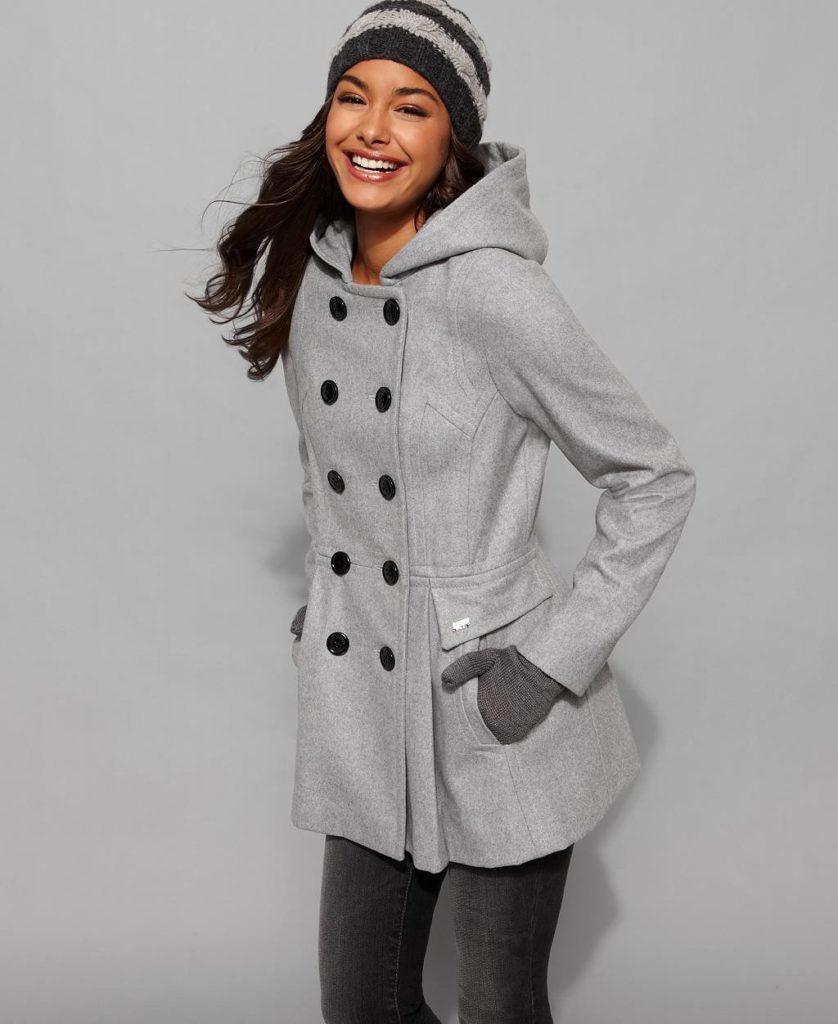 С чем носить пальто с капюшоном спортивное