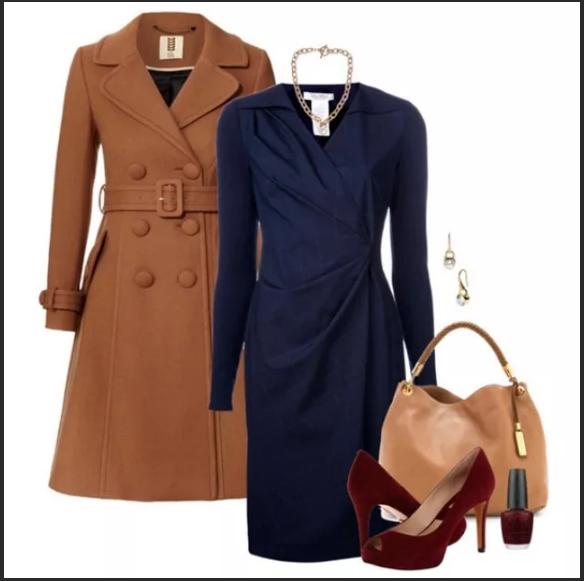 терракотовое пальто и синее платье