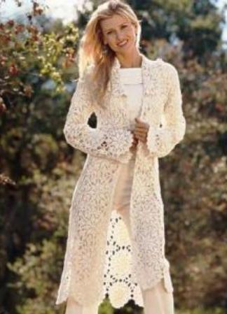 легкое вязаное женское пальто крючком