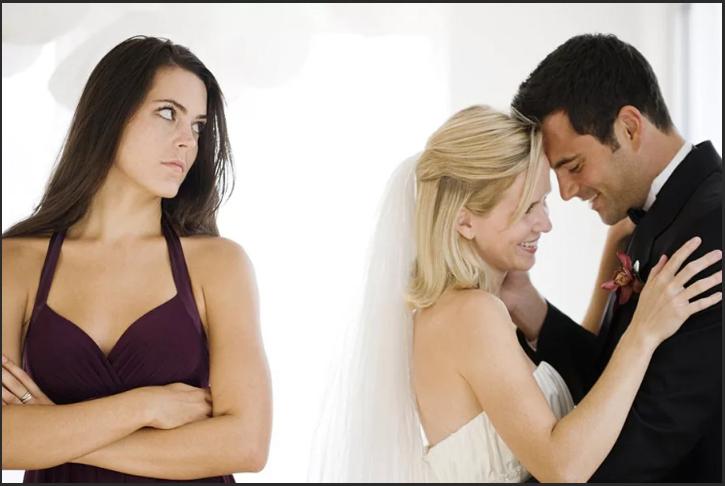 любимый женат