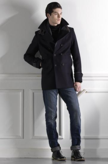 черное мужское пальто короткое двубортное