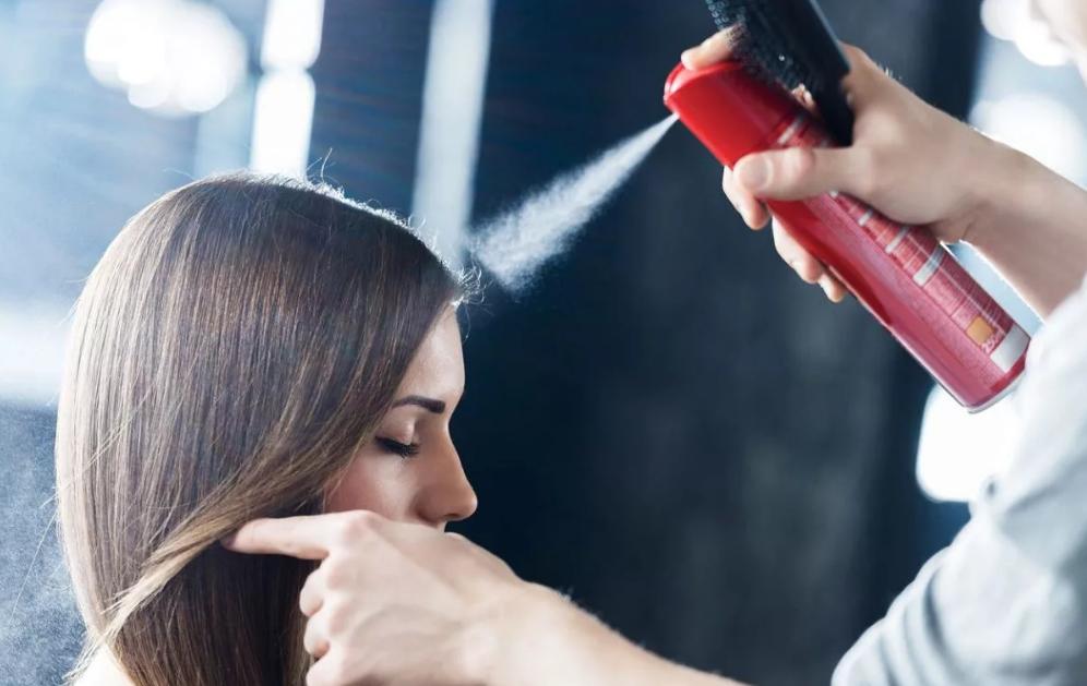 Вреден ли лак для волос?