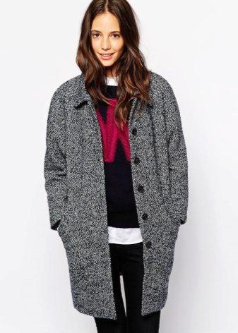 Как сочетать и с чем носить женское пальто «в ёлочку»