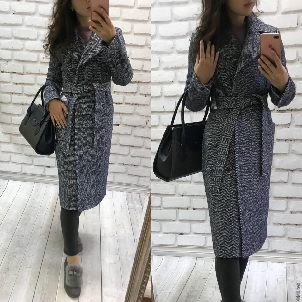 С чем носить пальто в «ёлочку»?