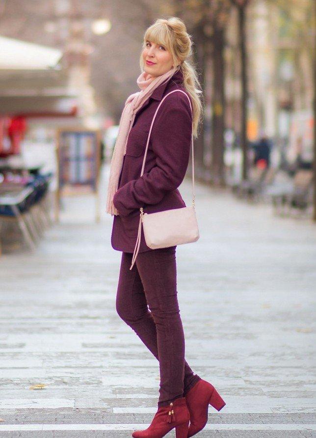 Какой палантин и платок можно выбрать к пальто бордового цвета? 1