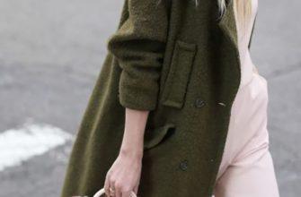С чем носить женское пальто болотного цвета