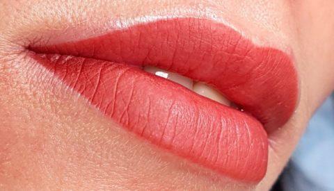 Как сделать губы красными без помады?