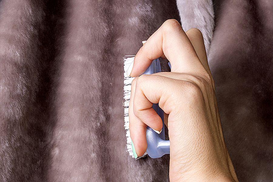 Как почистить мутоновую шубу в домашних условиях Простые но действенные методы