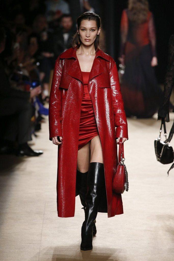 Платья и пальто из кожи