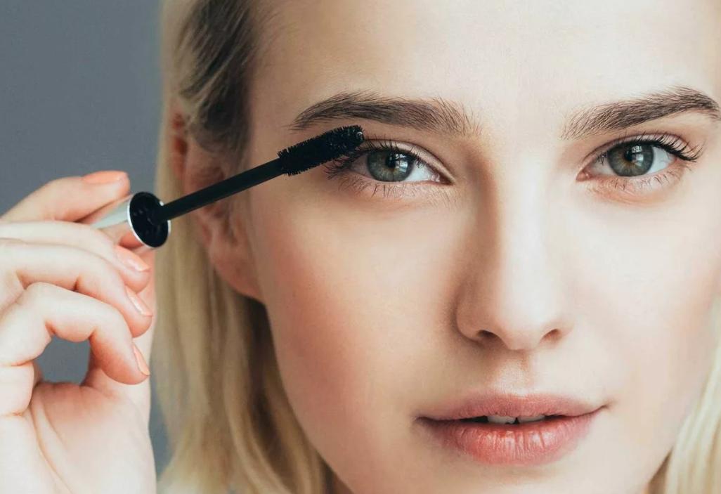 Распахиваем: пример визуального увеличения глаз при помощи макияжа