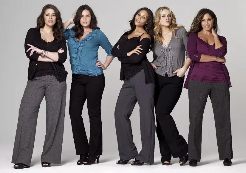 женщины в брюках