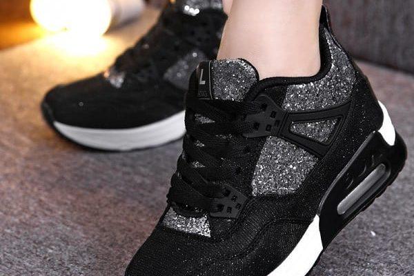 Тренды на женские кроссовки 2021