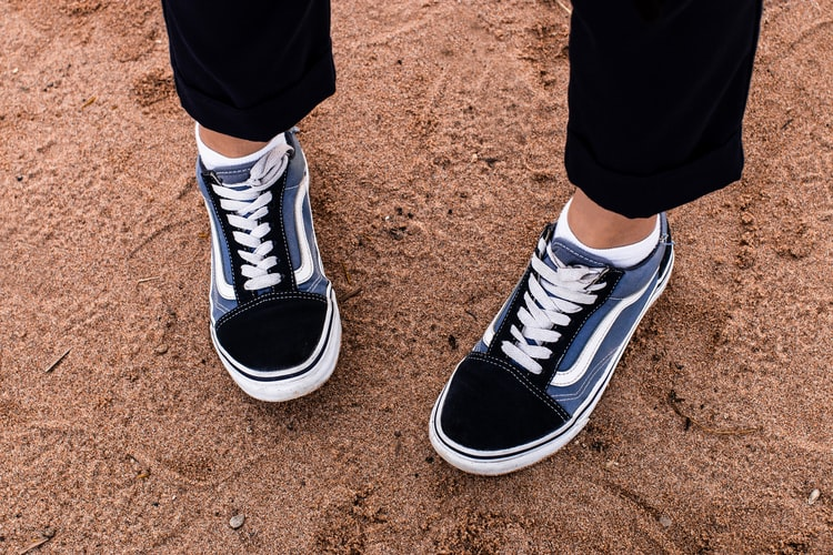 кроссовки в стиле унисекс