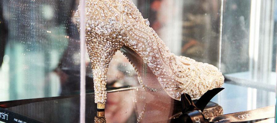 Рейтинг дорогой обуви со всего мира