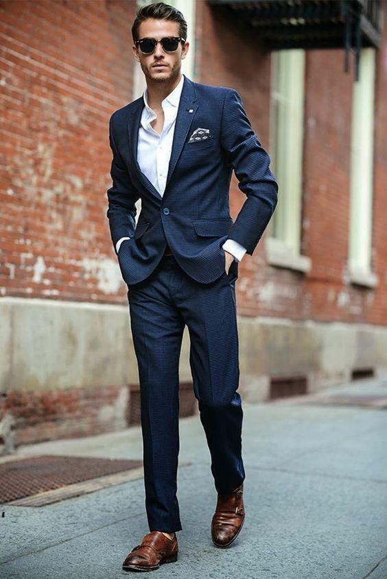 сочетание туфель и костюма в деловом стиле