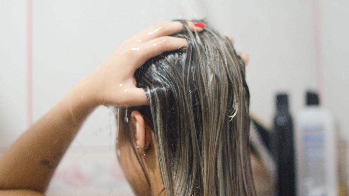 Зачем нужен скраб для кожи головы
