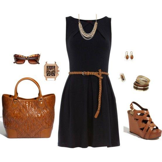 Коричневые туфли и черное платье