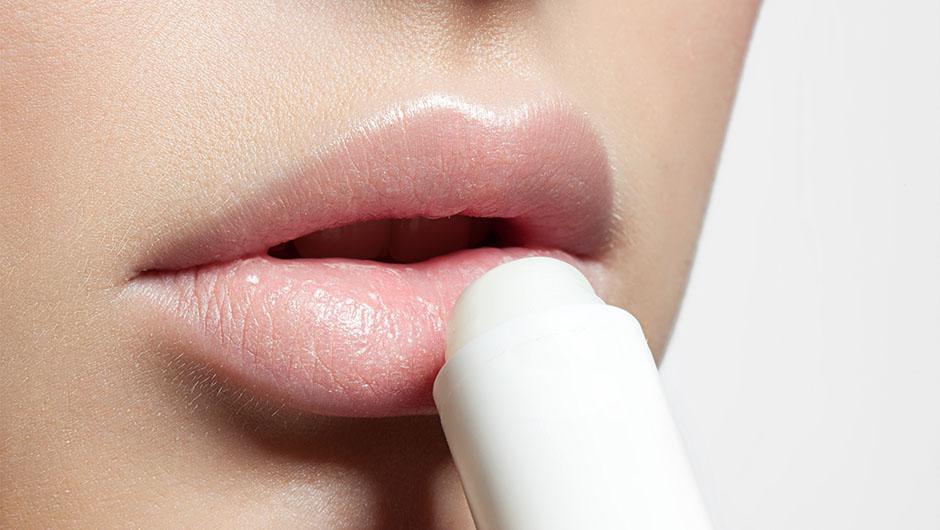 Обзор лучших бальзамов для губ