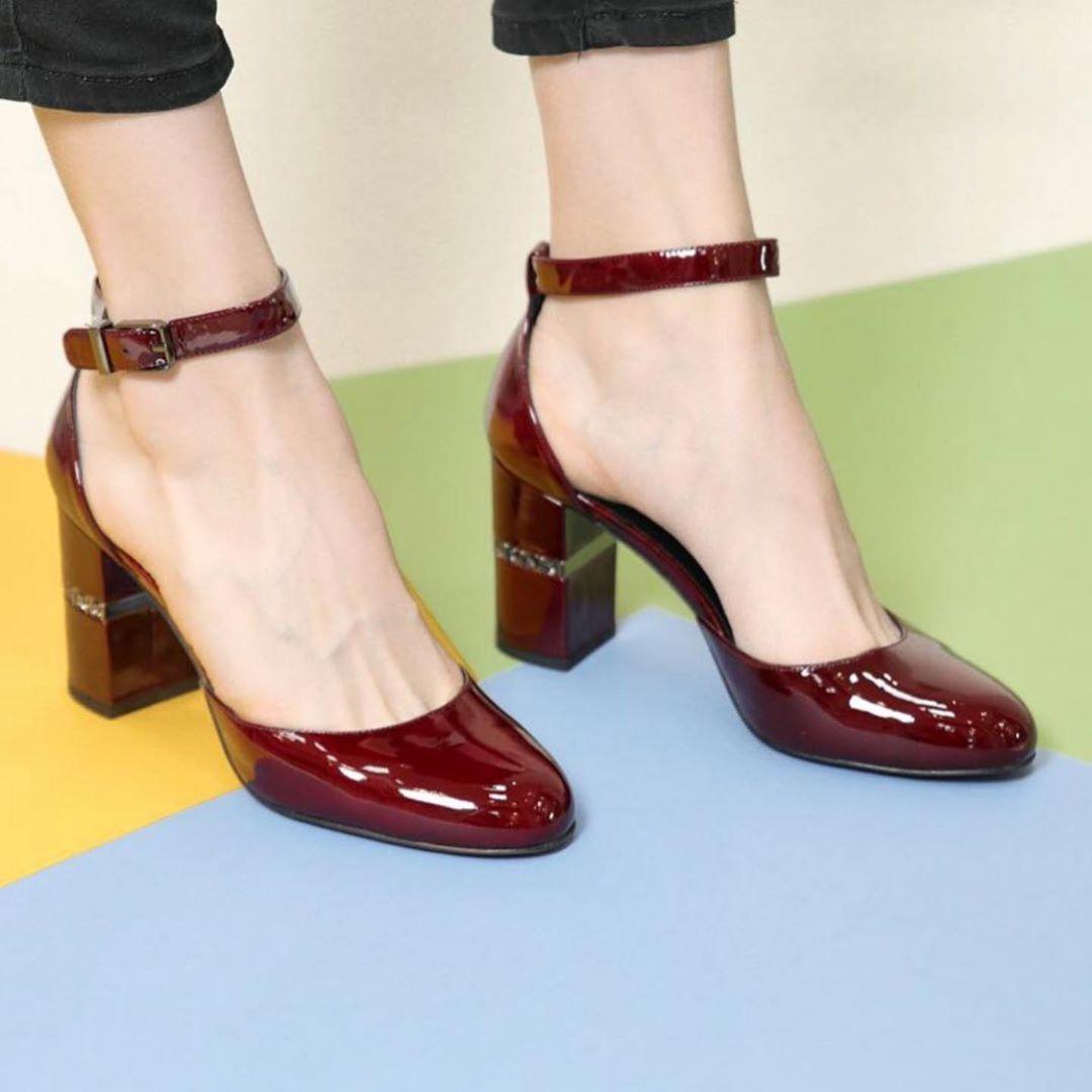 сочетания с бордовыми туфлями