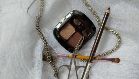Можно ли красить брови тенями для век?