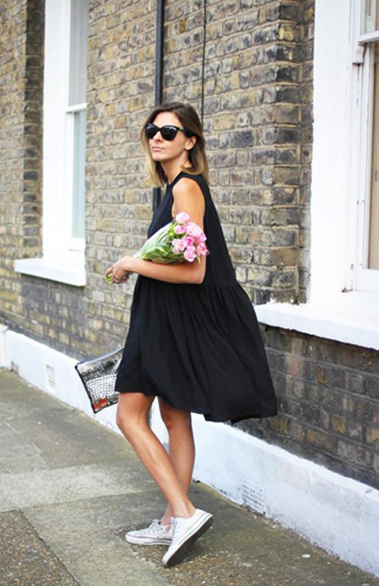 С чем носят чёрные платья?