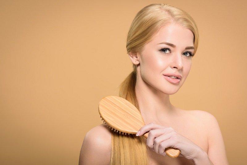 уход за обесцвечеными волосами